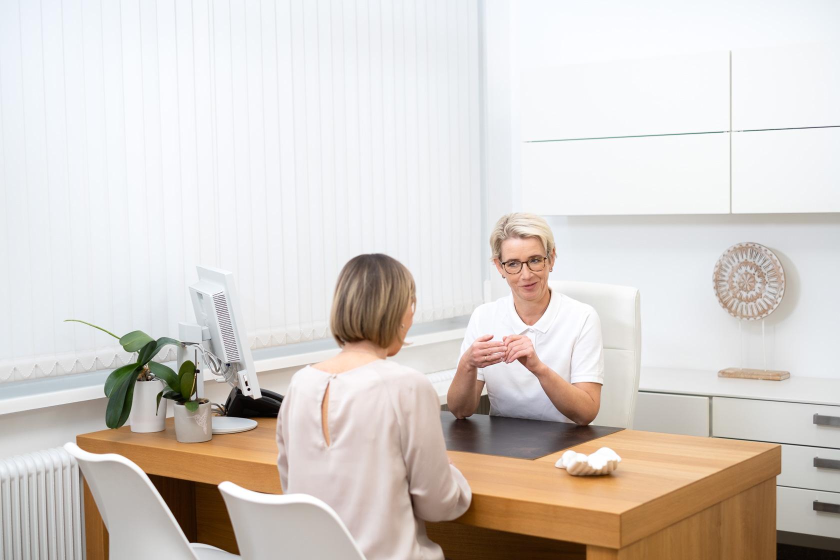Onkologie Voskova Wahlarzt Patientengespräch